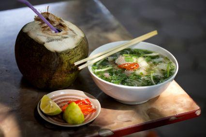vn-hanoi-street-food