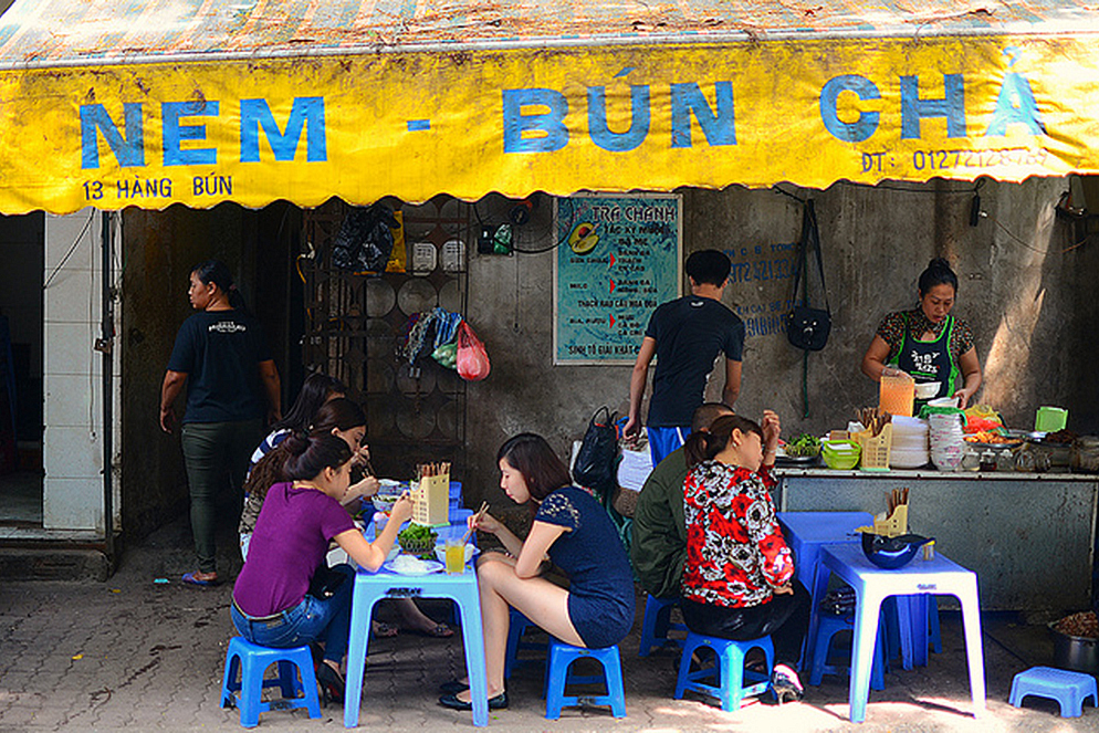 Hanoi-street food add (2)